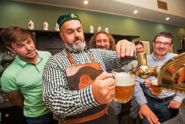 Škola čepování piva Pilsner Urquell (21)