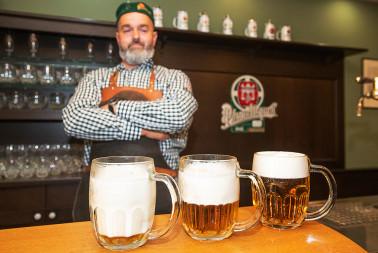 Škola čepování piva Pilsner Urquell (20)